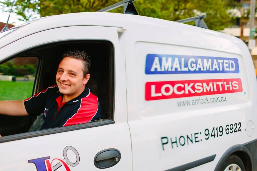 Collingwood Locksmiths provide free on-site quote and emergency locksmith support