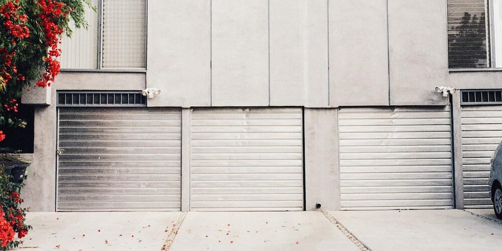 keep your garage contents safe, locked garages